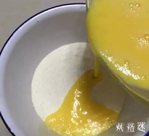 简单易做的小鸡蛋糕 4.jpg